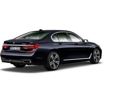 begagnad BMW 750 d xDrive Limousine (400hk) M-Sport