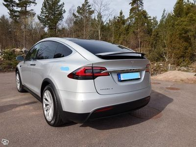 begagnad Tesla Model X 90D 5sits -17