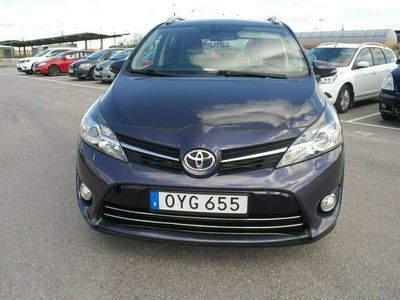 begagnad Toyota Verso 1.6 Euro 6 7-sits 111hk