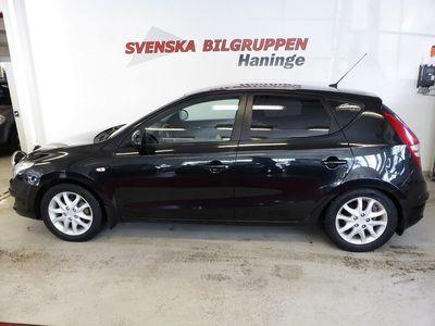 begagnad Hyundai i30 1.6 CRDi Aut Drag Acc S+V hjul LM