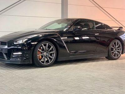 begagnad Nissan GT-R Black Edition Akrapovic Avgassystem Sv-Såld 2012, Sportkupé 679 900 kr
