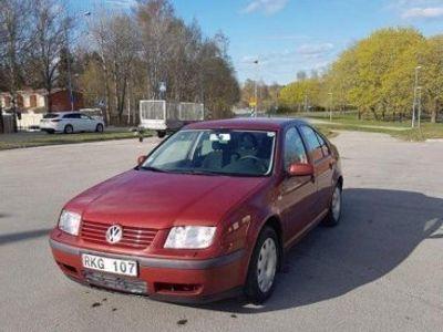 begagnad VW Bora 1.6 Comfort Nybesiktad -00