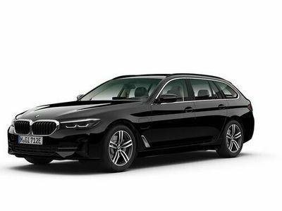 "begagnad BMW 530 e xDrive Touring Navi HiFi Sportstol Drag 18"" 2021, Personbil Pris 616 800 kr"