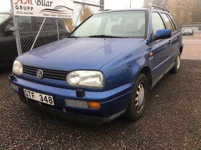 begagnad VW Golf Variant 1.8 GL 90hk -99