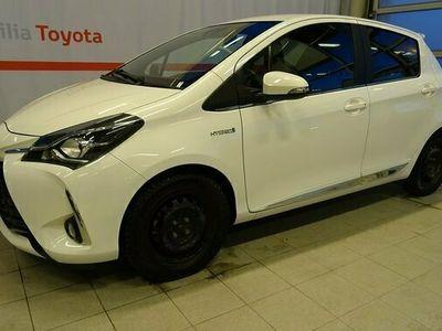 begagnad Toyota Yaris Hybrid 1.5 HSD 5-D EXECUTIVE 2018, Halvkombi Pris 164 900 kr