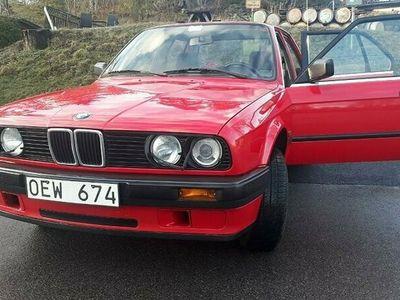 begagnad BMW 316 i 4-door Sedan 99hk