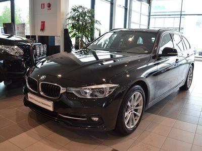begagnad BMW 320 i Touring Sportline / Navi (184hk)