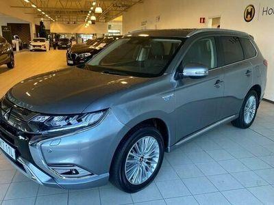 begagnad Mitsubishi Outlander P-HEV 2.4 Laddhybrid 4WD Komfort 2020, SUV Pris 369 000 kr