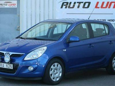 begagnad Hyundai i20 1.6 CRDi 116hk skatt 1311kr NYSERVAD NYBES