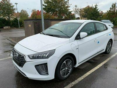 begagnad Hyundai Ioniq Plug-in Hybrid Premium Plus Vinterhjul på köpet