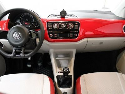 begagnad VW up! High1,0 75 HK Drivepaket