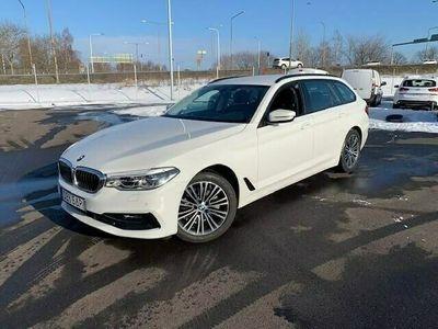 begagnad BMW 520 d xDrive Touring Sport Navi Värmare Adaptiva LED Drag HiFi