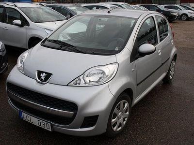 gebraucht Peugeot 107 1.0 5D 2011, Halvkombi