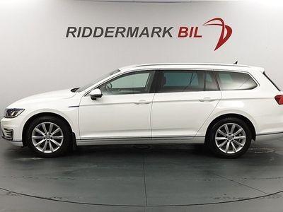 begagnad VW Passat Variant GTE 1.4 TSI Eu6 218hk Momsbil 1 Brukare Låga Mil!