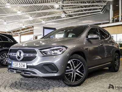 begagnad Mercedes GLA200 // AUTOMAT & DRAGKROK //