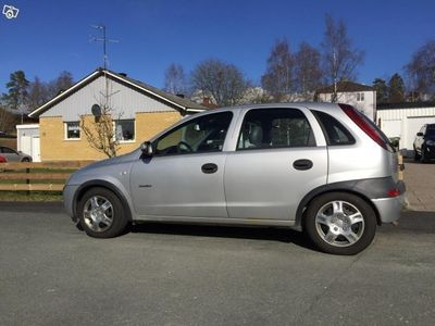 begagnad Opel Corsa Comfort 1,2 -02