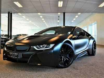 begagnad BMW i8 Protonic EDT Frozen black I H&K I Laserlight 2017, Sportkupé Pris 889 900 kr