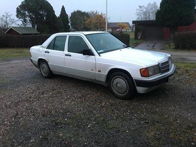 begagnad Mercedes 190 1,8