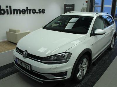 begagnad VW Golf Sportscombi TSI 180 DSG 4M Drag/Värmare/V-Hjul