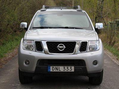 begagnad Nissan Navara 3.0 dCi V6 4x4 / Fullutrustad -15