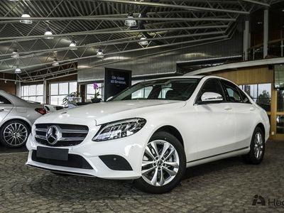 begagnad Mercedes C220 d 4MATIC Sedan // Dragkrok //