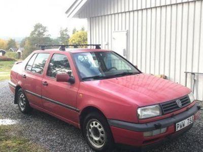 begagnad VW Vento 1.8 -93