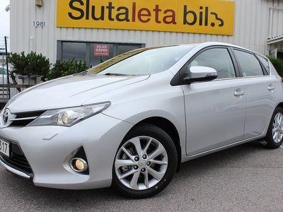 begagnad Toyota Auris 1.6 132hk Backkamera Nya sommar & vinter däck