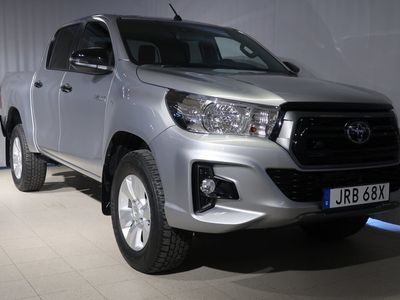 begagnad Toyota HiLux Dubbelhytt INVINCIBLE D-CAB 2,4T VINTERHJUL