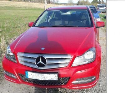 begagnad Mercedes 220 fint skick