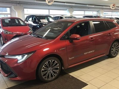 begagnad Toyota Corolla 2.0 Elhybrid kombi 180hk Style Teknikpaket