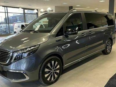 begagnad Mercedes 300 - BenzStandard ex.lång / / AVANTGARDE / / DISTRONIC