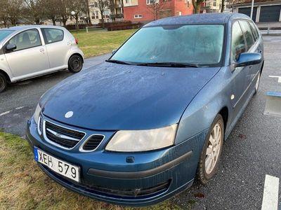 begagnad Saab 9-3 1,8t, manuell, går mycket bra.