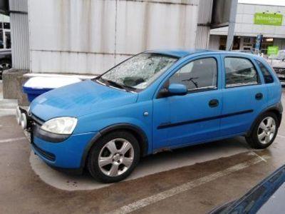 begagnad Opel Corsa 1.2 renoveringsobjekt -01