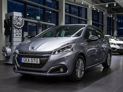 begagnad Peugeot 208 1.2 VTi 82hk Allure Navi P-sensor Carplay 5D