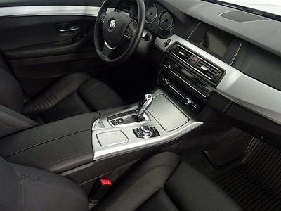 "begagnad BMW 520 d xDrive, Hifi, 18"", Dragkrok, Läder, 190Hk"