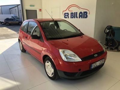 begagnad Ford Fiesta 1,4 3dr Kamrem bytt!