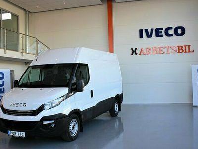 begagnad Iveco Daily SKÅPBIL 2.3 JTD Hi-Matic Euro 6 2017, Transportbil Pris 237 500 kr