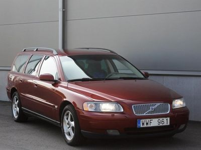 begagnad Volvo V70 2.4-170hk- Nybes -06
