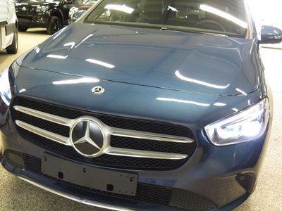 begagnad Mercedes B200 D