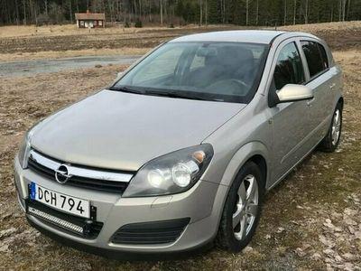 begagnad Opel Astra 5D 1.6 ENJOY