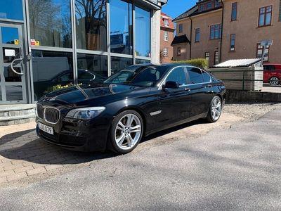 begagnad BMW 740 d M-Sport 306hk / S-såld / Lucka / 1 års garanti