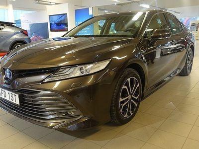 begagnad Toyota Camry Hybrid 2.5 EXECUTIVE VINTERHJUL NAV