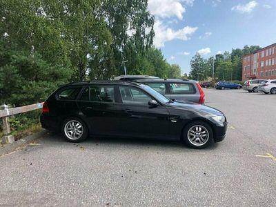 begagnad BMW 320 i, E91 2.0 bensin manuell