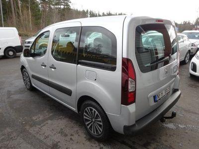 begagnad Peugeot Partner Tepee 1,6HDI/5Sits/Drag