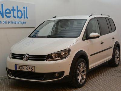 begagnad VW Touran Cross 1.4 TSI 7-sits 140hk B-kamera/Drag
