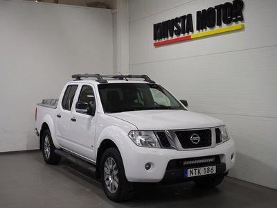 begagnad Nissan Navara 3.0 dCi V6 Taklucka Drag BOSE D-VÄRM 2015, Transportbil 189 900 kr