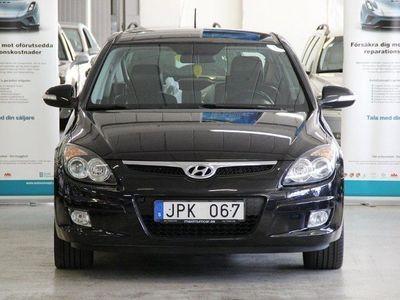 begagnad Hyundai i30 2.0 CRDI DRAG NY BESIKTAD NY SERVAD NY KAMREMSATS