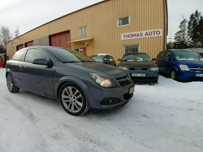 begagnad Opel Astra GTC 2.0 Turbo 200hk Sportcupé