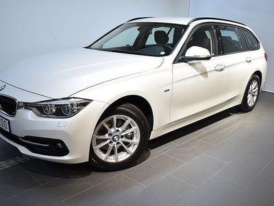 begagnad BMW 318 d xDrive Touring Navigation Model Sport 2016, Kombi 325 000 kr