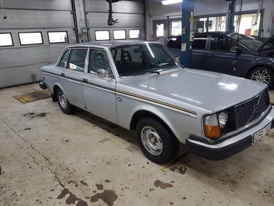 begagnad Volvo 240 jubileum
